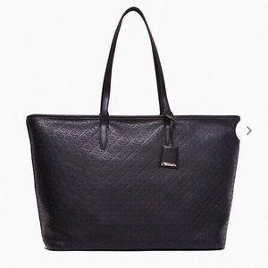 Calvin Klein Logo Pebble Small Tote Bag Black W